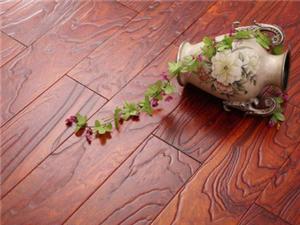 木地板安裝、修復。墻紙安裝、修復。