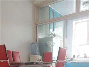 绿洲王佳苑3室一厅招合租2个未婚女性