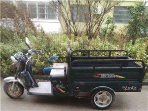 卖绿源电动三轮车