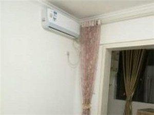 白云广场电梯房 精装 1室1厅1厨1卫 拎包入住