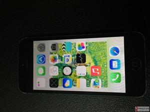 200元低价出售苹果5手机2部