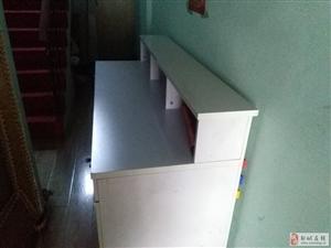 低价出售9成新办公吧台桌