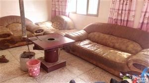 皮质沙发出售