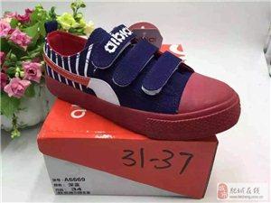 常年大量批发5到25元品牌童鞋尾货库存鞋