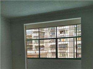 保靖高架桥旁农贸市场三室两厅两卫新建房屋出租