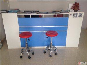 9成新前台桌、电脑桌、收银台出售