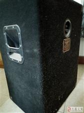 现有一套美国制造二手进口名牌音箱、调音台出售