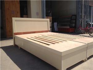 华龙区新家具,原木色和白纹色,价格便宜,可以送货,