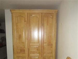 五指山路41号海晟瑞景双学区房全套原木家具出售