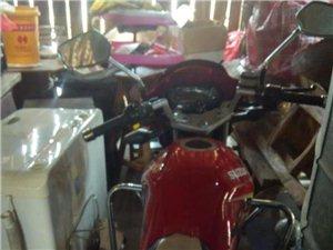 8成新铃木摩托车出售