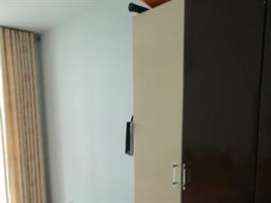 科苑小区 100平米  900元三室两厅