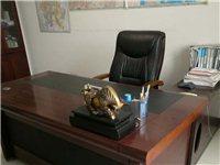 低價轉讓9成新辦公桌椅、會議桌椅等