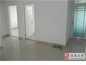 出售:锦绣花园2房2厅1卫简单装修仅售39万