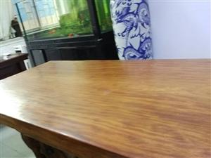 实木茶台/落地瓷瓶/老板桌椅出售