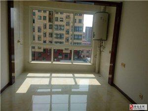 招远出租紫藤花园5楼(小高层)97平家具新装1800\月
