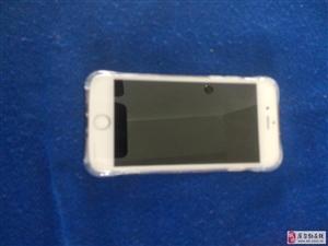 苹果六手机九成新金色2400元库尔勒市区出售