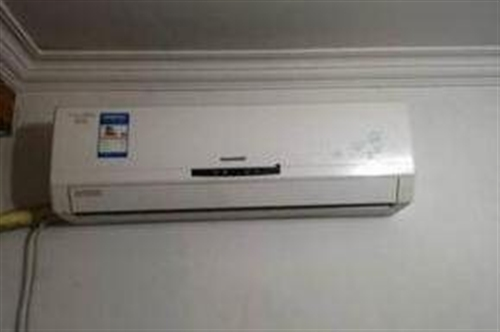 2800元/二手空调9成新个人出售搬家急售有意电联