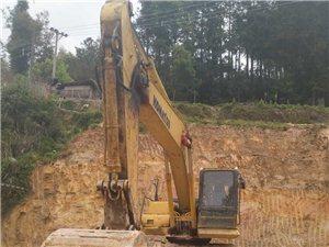 日本小松挖掘机型号200、PC-8电喷.可出租