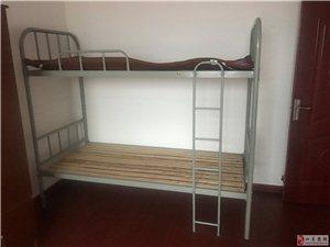 二手上下床、铁床、上下铺、学生上下床出售,有两个