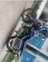 摩托车本田125