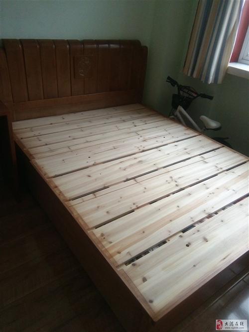 带床垫九成新双人床