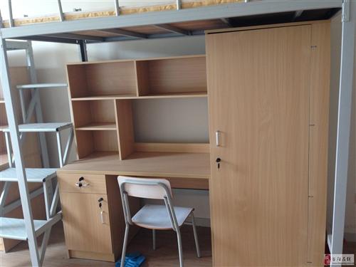 少量床轉賣,上下兩層床+衣柜+書桌