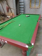 出售8成新台球桌