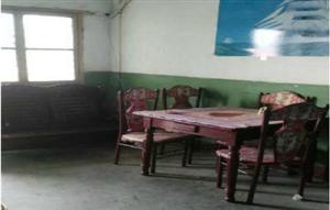 钟祥中亚上面六楼 2室1厅60平米 简单装修 年付