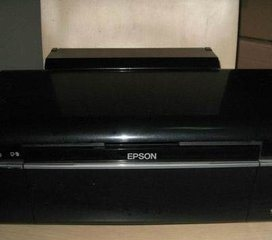 原装正品行货9成新l350型爱普生4色彩色.黑白打印机