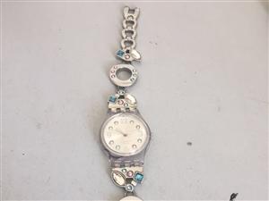 出售斯沃琪时尚手表,不讲价,原价500
