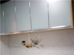 新浦街京广家园电梯房2室1厅家电齐全90平