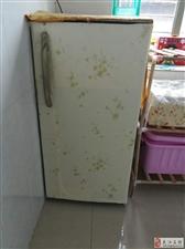 低价出售冰箱,