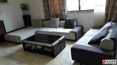 因房屋拆遷一組優質沙發優惠出售