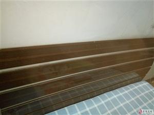 1.5米双人床出售