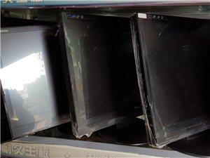 九成新19寸显示器低价出