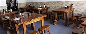 九成新实木桌凳低价处理,另有蒸馍机等厨具处理