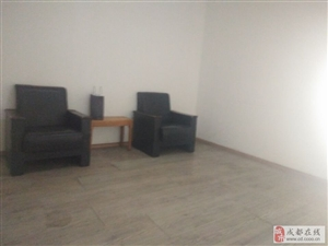 中华名园中装三房低价出租,三室两厅1700/月