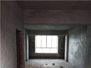 出售:单位集资楼4房2厅2卫137平仅售65万