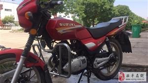 8成新钻豹125摩托车