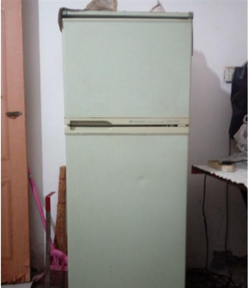 電冰箱量程新 - 200元