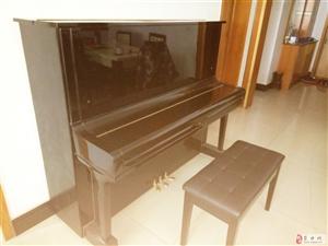 低价出售二手雅马哈钢琴一台