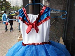 女童演出服