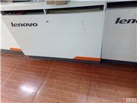 8成新联想电脑展柜便宜出售