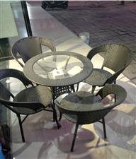 大桌餐桌椅,便宜卖 - 300元