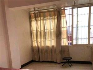 704十字金山小区一楼三室出售