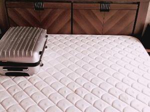 床 1.8 2米双人床 床头柜