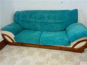 便宜转让布艺沙发二张非常适合出租屋用(个人)