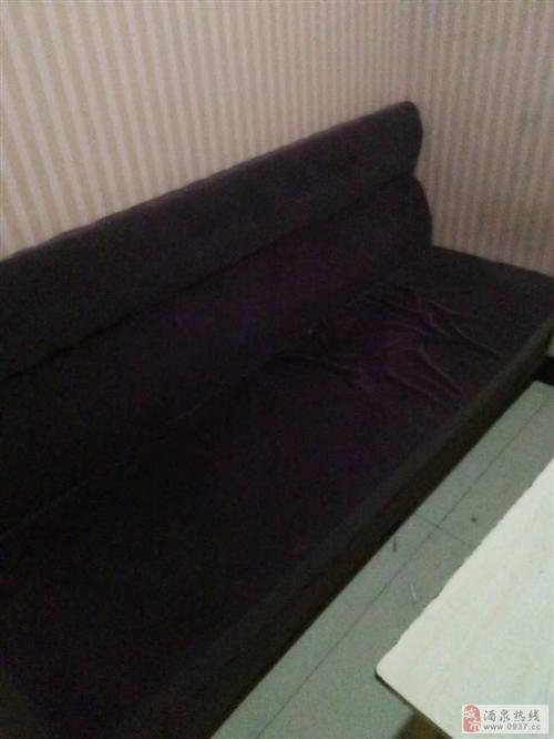 出售6成新的沙发18个
