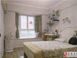 地铁三号线天润城单间主卧室,空调房,不错的选择