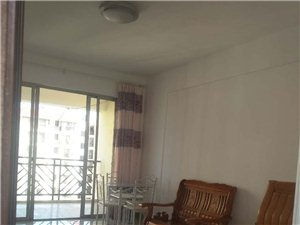 此房长租:花半里1室1卫开间900元一个月